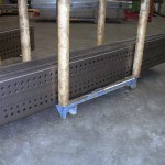 Paneles punzonados y corte exterior a láser. Plegado y soldadura por puntos posterior